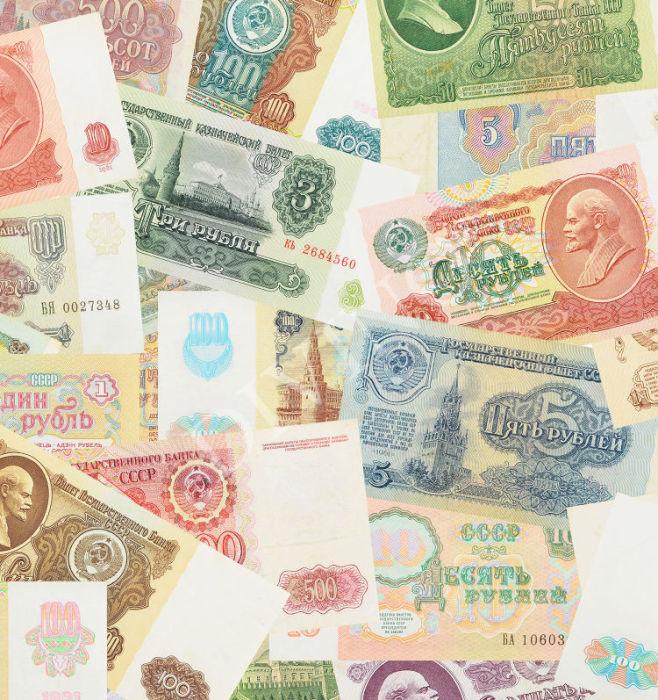 Во время обысков в домах обвиняемых деньги изымались в огромных количествах. / Фото: www.napolspb.ru