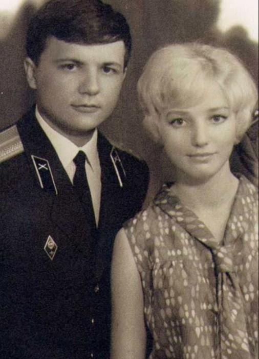 Владимир Резун с женой Татьяной. / Фото: www.livejournal.com
