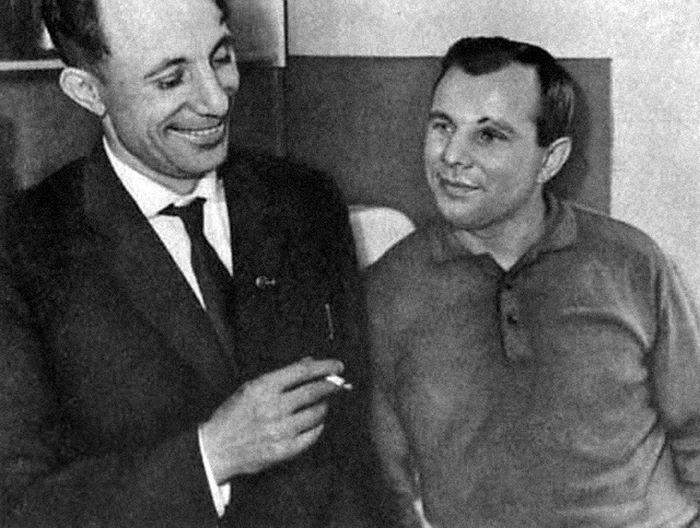 Валентин и Юрий Гагарины. / Фото: www.bucharsky.ru