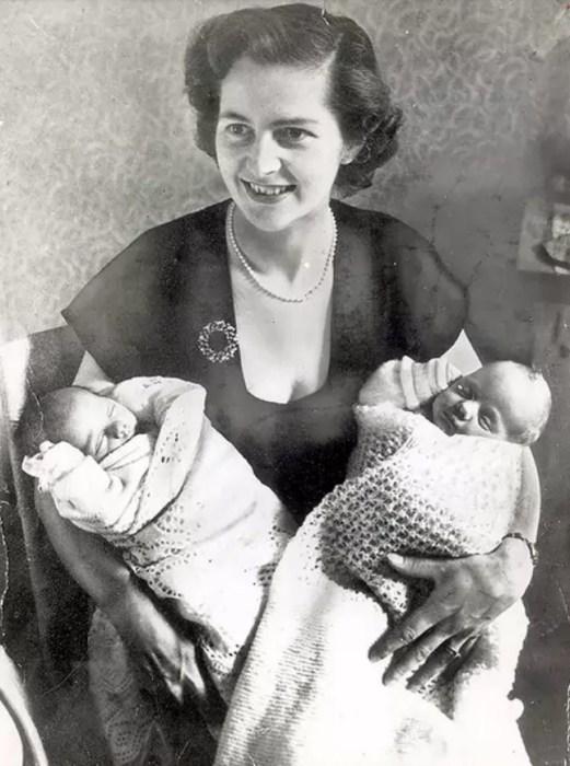 Маргарет Тэтчер с детьми. / Фото: www.theguardian.com