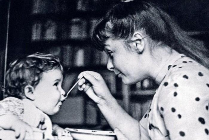 Ольга Бган с сыном. / Фото: www.24smi.org