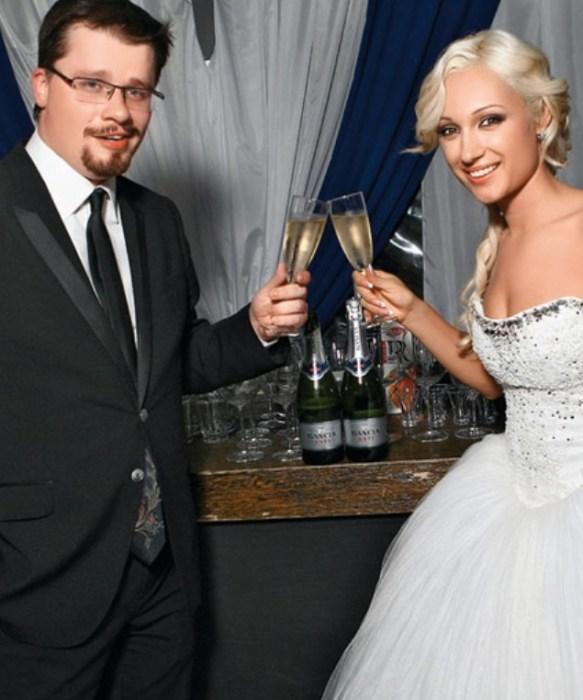 Гарик Харламов и Юлия Лещенко. / Фото: www.womanhit.ru