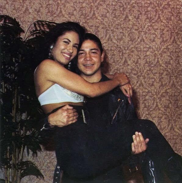 Крис Перес и Селена Куинтанилья. / Фото: www.woman.ru