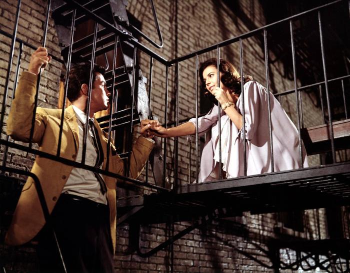 Кадр из мюзикла «Вестсайдская история». / Фото: www.film.ru