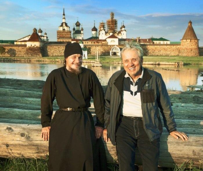 Евгений Стеблов с сыном. / Фото: www.userapi.com