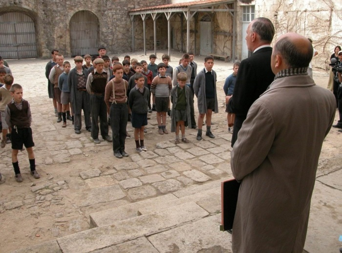 Кадр из фильма «Хористы», 2004 год. / Фото: www.kinopoisk.ru