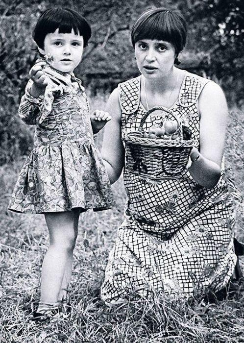 Галина Орлова с дочерью Катей. / Фото: www.7days.ru