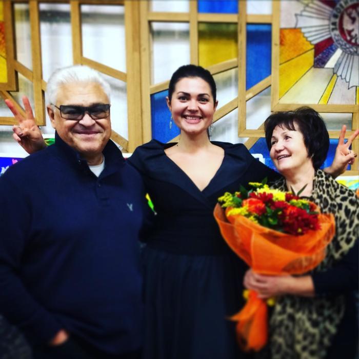 Борис Сандуленко и Валентина Курдюкова с дочерью Татьяной. / Фото: www.mycdn.me