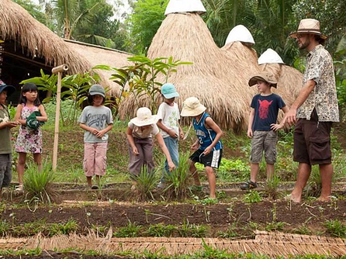 Green School, Бали. / Фото: www.groundrocks.com