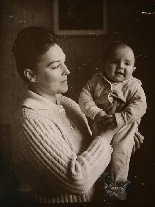 Александра Завьялова с сыном Петром. / Фото: www.24smi.org