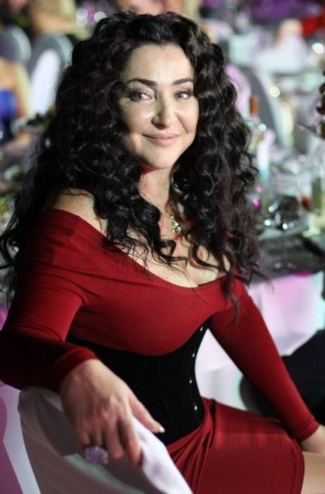 Лолита Милявская. / Фото: www.twimg.com