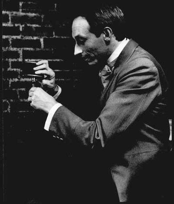 Джеральд Хоум в роли профессора Мориарти в спектакле о Шерлоке Холмсе. / Фото: www.geraldhome.dr-maul.com