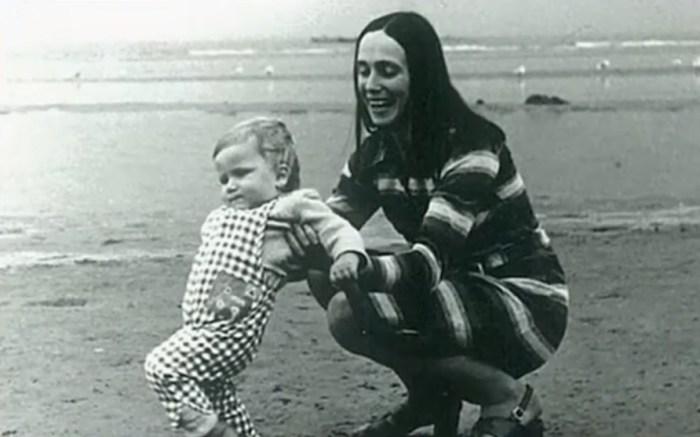 Жена актёра Татьяна с маленьким Егором. / Фото: www.russia.tv