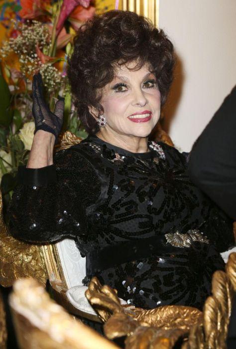 Джина Лоллобриджида. / Фото: www.japagirl.com.br