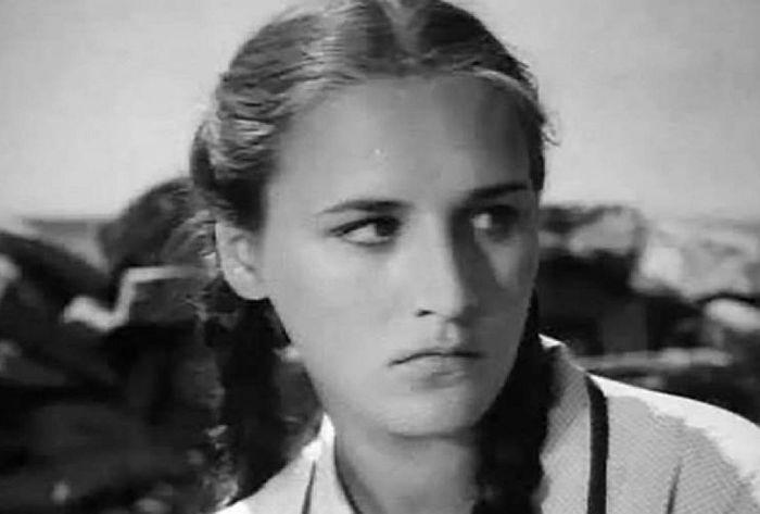 Нонна Мордюкова, кадр из фильма «Молодая гвардия». / Фото: www.kino-teatr.ru