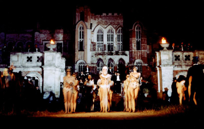 Кадр из фильма «Мастер и Маргарита», 1994 год. / Фото: www.kino-teatr.ru
