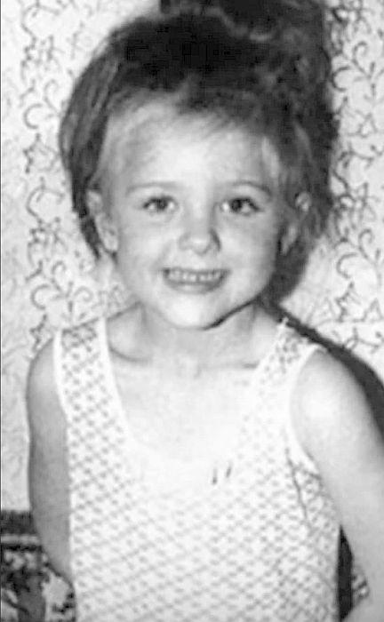 Елена Яковлева в детстве. / Фото: www.yandex.net