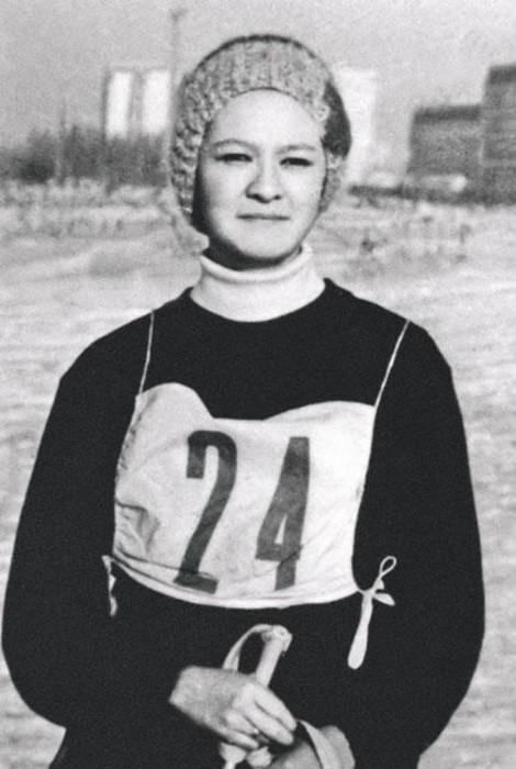 Ирина Хакамада в юности. / Фото: www.woman.ru
