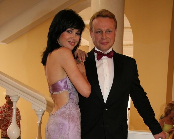 Анастасия Заворотнюк и Сергей Жигунов. / Фото: www.woman.ru