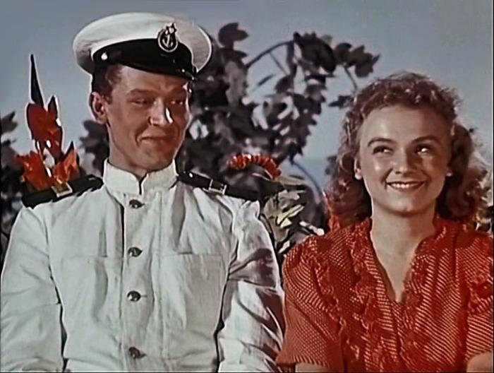 Кадр из фильма «В мирные дни». / Фото: www.kino-teatr.ru