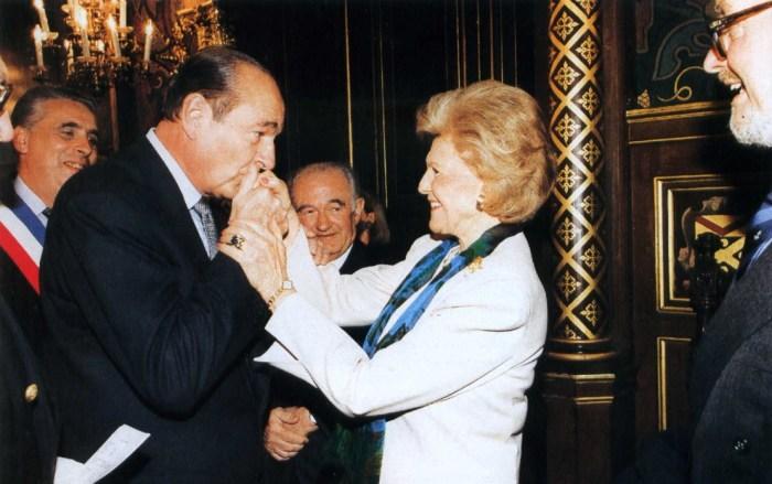 Памела Гарриман с президентом Франции Жаком Шираком. / Фото: www.peoples.ru
