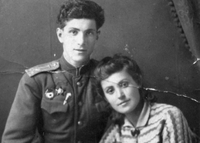 Григорий и Ираида Чухрай, родители Павла. / Фото: www.blagnews.ru