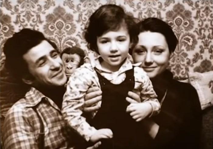 Борис Смолкин с первой женой Марией и сыном Владимиром. / Фото: www.russia.tv
