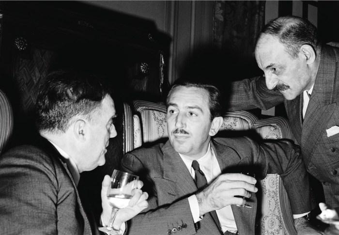 Уолт Дисней в 1940-годы стал инициатором создания «Союза кинематографистов за сохранение идеалов американцев». / Фото: www.likesharetweet.com