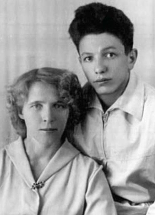 Владимир Войнович с первой женой Валентиной. / Фото: www.milayaya.ru