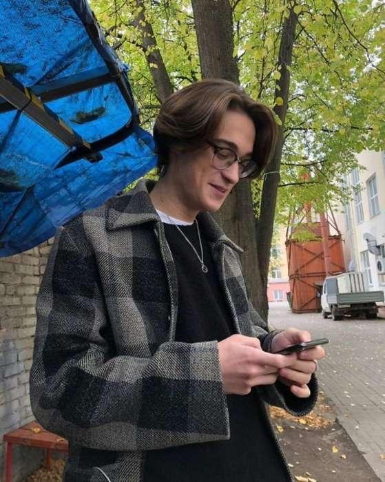 Сергей, сын Анны Михалковой. / Фото: www.msn.com