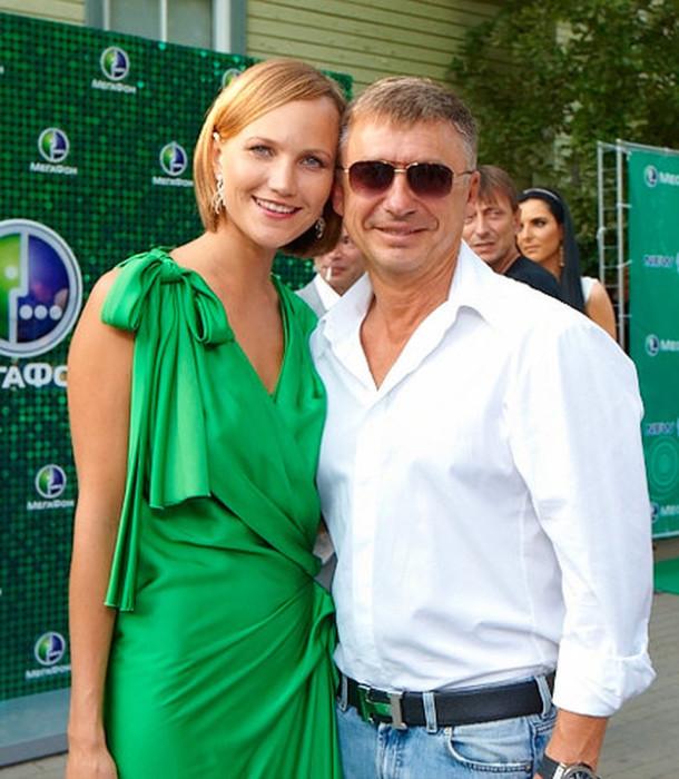 Антон и Анжелика Табаковы. / Фото: www.woman.ru