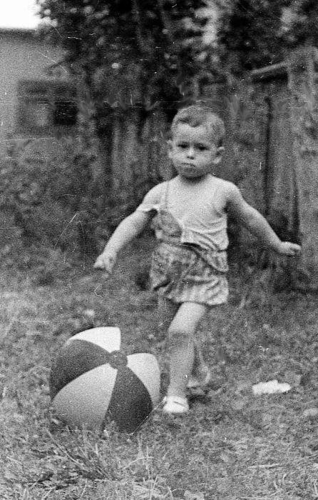 Роман Авдеев в детстве. / Фото: www.finparty.ru