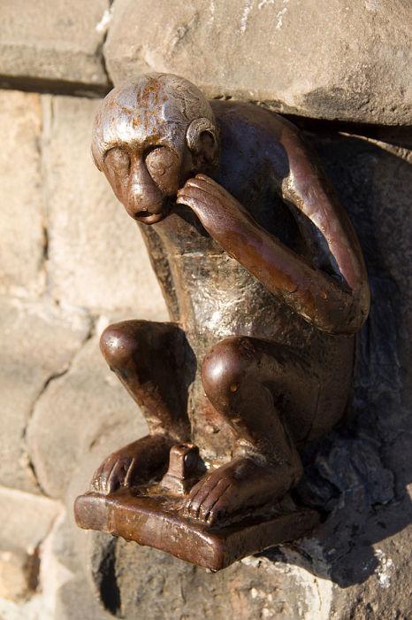 Сторожевая обезьяна, Монс, Бельгия. / Фото: www.wikimedia.org