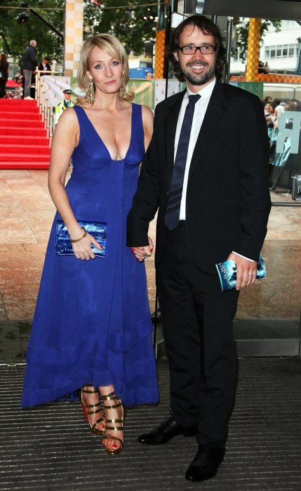 Джоан Роулинг и Нил Мюррей. / Фото: www.zimbio.com
