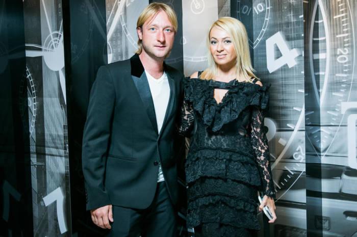 Яна Рудковская и Евгений Плющенко. / Фото: www.ok-magazine.ru