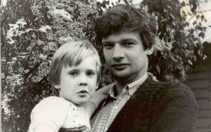 Дмитрий Брусникин с сыном. / Фото: www.games-of-thrones.ru
