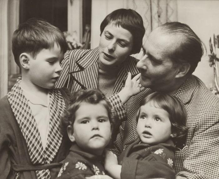 Ингрид Бергман и Роберто Росселлини с детьми. / Фото: www.blogspot.com