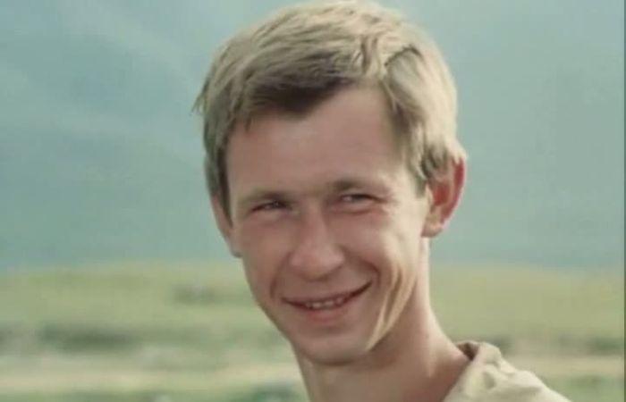 Андрей Гусев в фильме «Верить и знать». / Фото: www.kino-teatr.ru