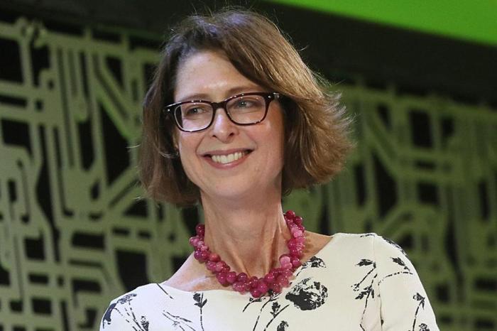 Эбигейл Джонсон, глава холдинговой компании Fidelity Investments. / Фото: www.bostonglobe.com