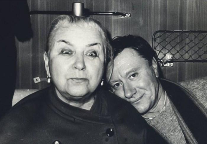 Мария Владимировна Миронова с сыном. / Фото: www.boom.ms