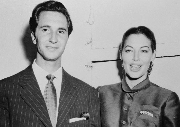 Луис Мигель Домингин и Ава Гарднер. / Фото: www.ecrater.com