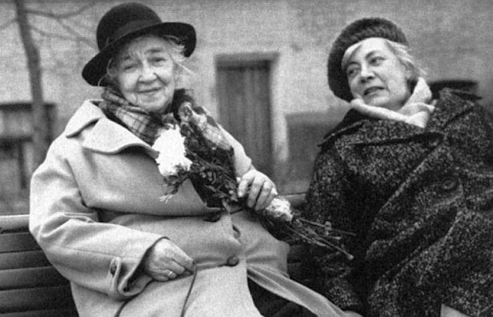 Фаина Раневская и её сестра Изабелла: 3 года одиночества двух сестёр в одной квартире