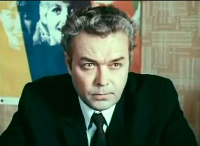 Георгий Епифанцев в фильме «Мы вместе, мама». / Фото: www.kino-teatr.ru