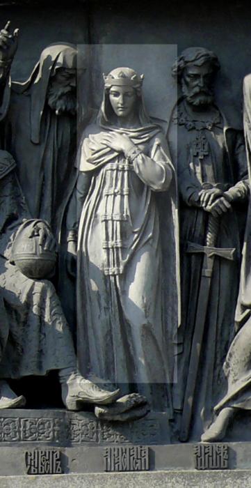 Анастасия Романовна на памятнике «Тысячелетие России» в Великом Новгороде. / Фото: www.blogspot.com