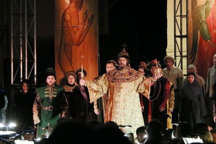 Сцена из оперы «Борис Годунов» Модеста Мусоргского. / Фото: www.yar-filarmoniya.ru