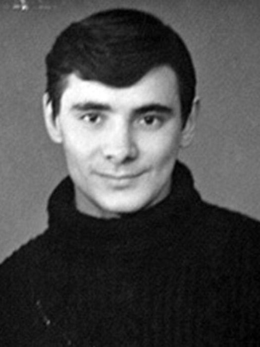 Александр Панкратов-Чёрный в молодости. / Фото: www.24smi.org