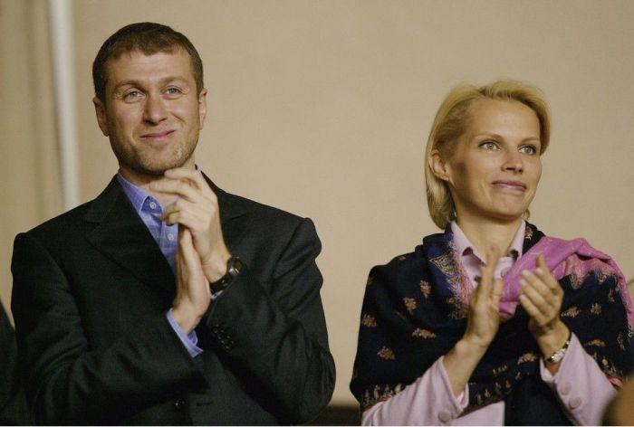 Роман и Ирина Абрамович. / Фото: www.elle.ru