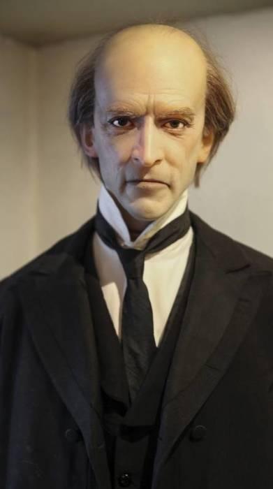 Фигура профессора Мориарти в музее Шерлока Холмса. / Фото: www.fsb.zobj.net