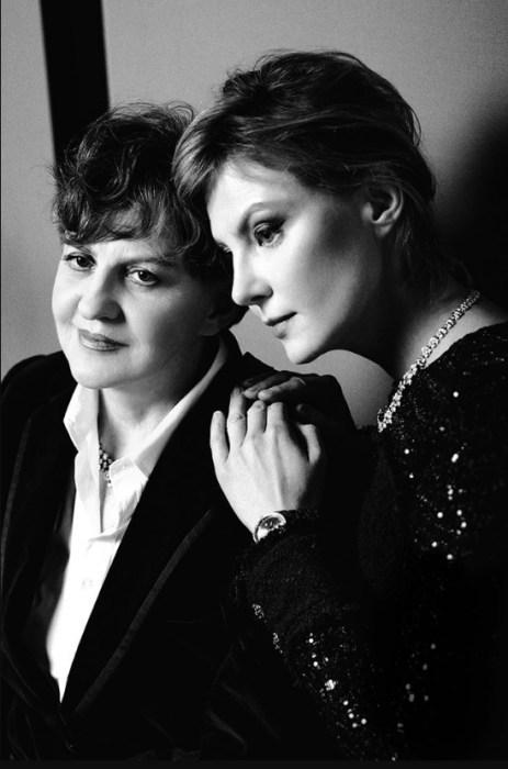 Рената Литвинова с мамой. / Фото: www.elle.ru