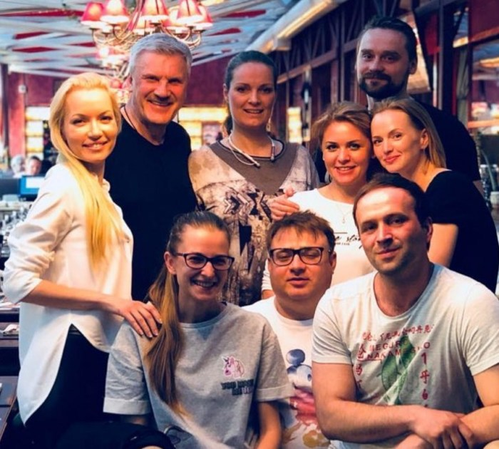 В дружной команде сериала «След». / Фото: www.instagram.com